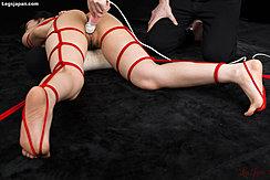 Masturbating Pussy With Magic Wand Tied With Shibari Rope